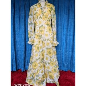 🌼Vintage Gold Daisy maxi gown M GUC flower power